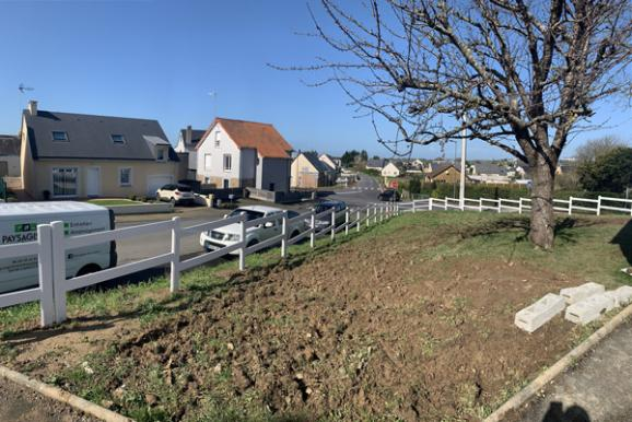 Pose de clôtures par l'entreprise de paysagiste